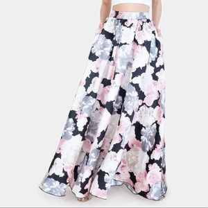 Speechless Floral Skirt with Pockets